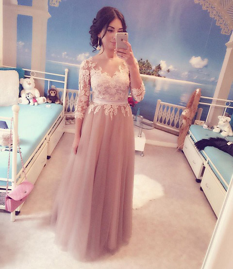 V Neck Long Sleeves Graduation Dress Prom Gown