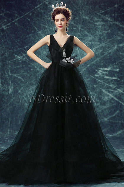 Black Deep V-Cut Long Tulle Party Ball Gown