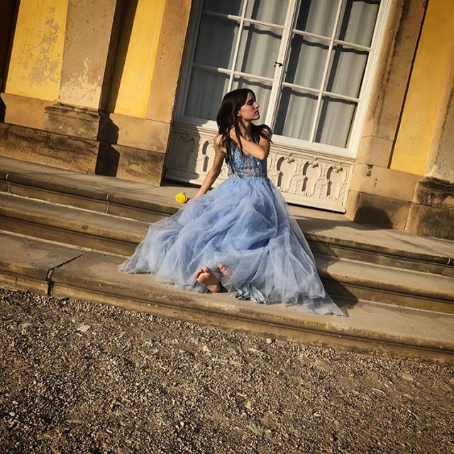 blue sparkly v cut prom dress